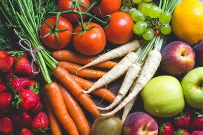 Barwniki  - poprawiają wygląd jedzenia, ale niektóre szkodzą zdrowiu...